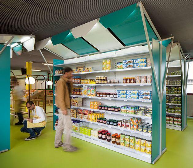 sklep spożywczy i social media